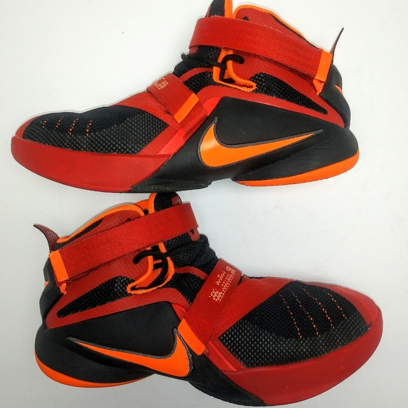 b5e70320eb7 Nike Lebron James Soldier 9 Sneaker Red Orange. M 5bf2be85baebf65e8ae98d13